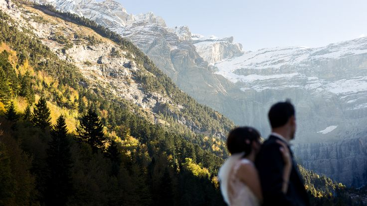 Bride, Groom, mountain, love.