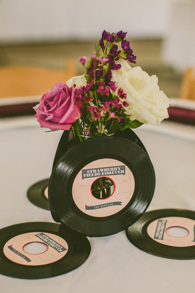 Beatles record centerpieces | Carolyn Scott Photography | Glamour & Grace