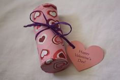 Valentine Candy Poppers. What a quick and easy craft to share with children.