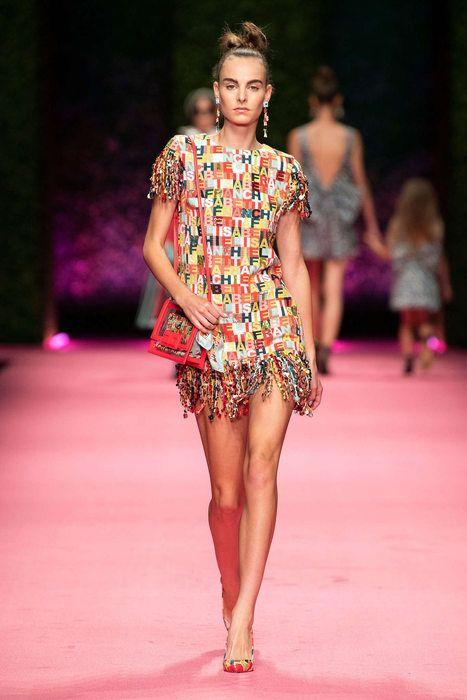 fa04f1672b64 Elisabetta Franchi, Primavera/Estate 2019, Milano, Womenswear ...
