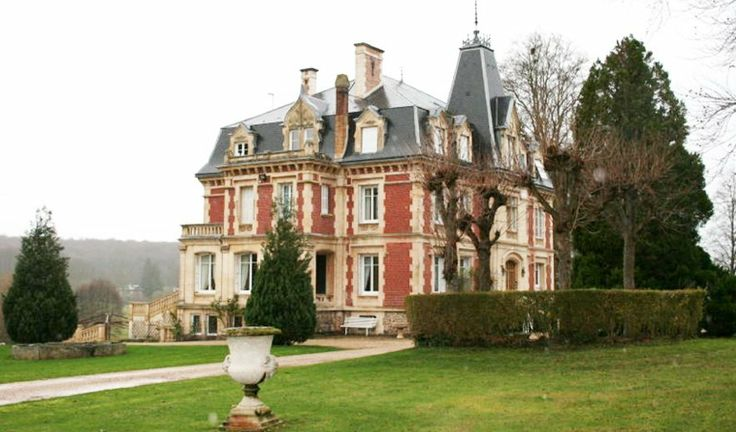 Xix Century Castle 12 Rooms Near Paris (MD2543993) -  #Castle for Sale in Bernay, Haute-Normandie, France - #Bernay, #HauteNormandie, #France. More Properties on www.mondinion.com.