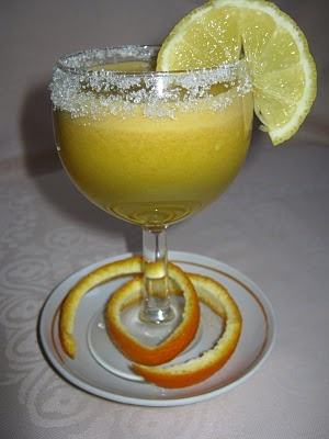 http://retetegg.blogspot.com/2011/03/suc-natural-de-mere-si-portocale.html