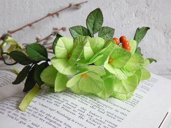 Green flower crown Bridal floral crown Green by FloraFantasyIZ