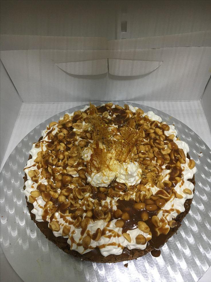 Yum Yum med brownie, marsmellows, nøtter og karamell