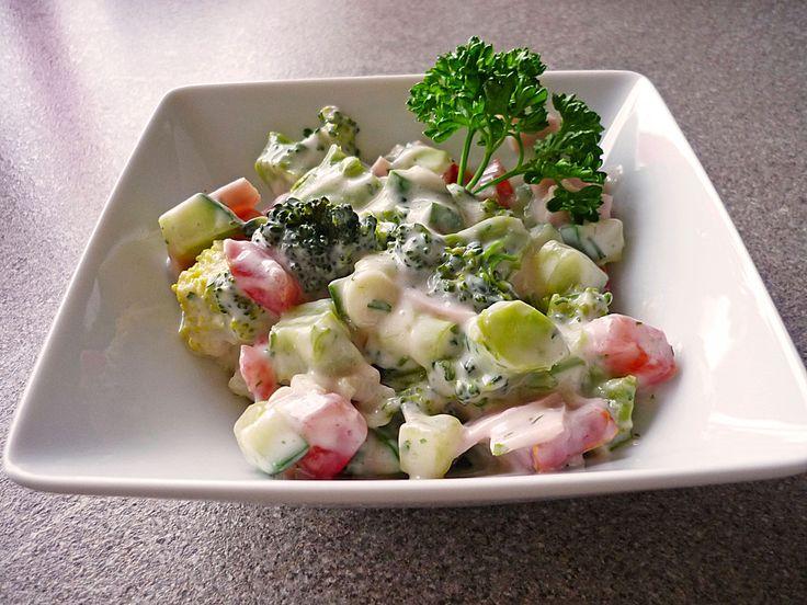 Brokkolisalat nach Florentiner Art, ein leckeres Rezept aus der Kategorie Kochen. Bewertungen: 41. Durchschnitt: Ø 4,5.