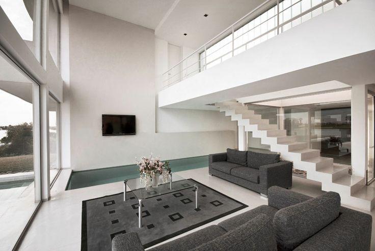 Pool House (2010) Proyecto y Dirección de Obra  Más información:  http://vanguardaarchitects.com/es/what-we-do.php?sec=house&project=33  #Arquitectura #Architecture #Disenio #Design #SittingRooms #SalaDeEstar
