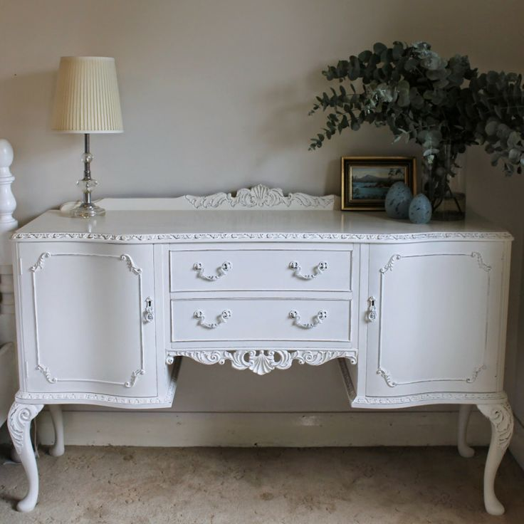 Porter's Paint Chalk Emulsion and a Pretty Painted Sideboard