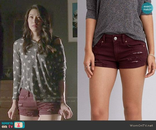 Kira's burgundy shorts on Teen Wolf.  Outfit Details: http://wornontv.net/50587/ #TeenWolf