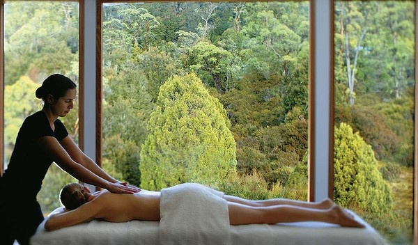Australia's top 10 hotel spas: Peppers Cradle Mountain Lodge, Cradle Mountain, Tasmania. Read more: http://www.smh.com.au/travel/winter-escapes/top-10-places-to-relax-australias-best-hotel-spas-20120727-22z4x.html