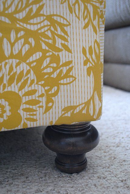 """Before & After: Laura's """"Simple & Cheap"""" Ottoman Redo 