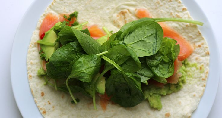 Culy Homemade: frisse zalm avocado wrap in 5 minuutjes -