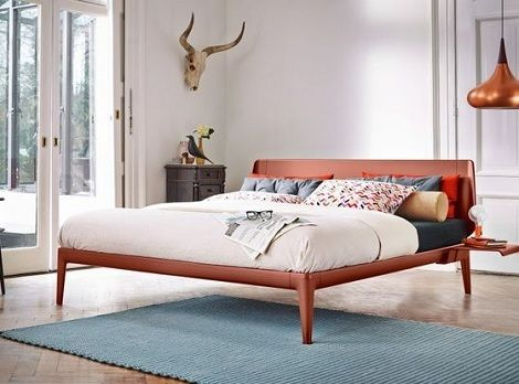Auping Essential bed rusty red design Auping bedden zijn verkrijgbaar bij Slaapkenner Theo Bot Dorpsstraat 162 Zwaag