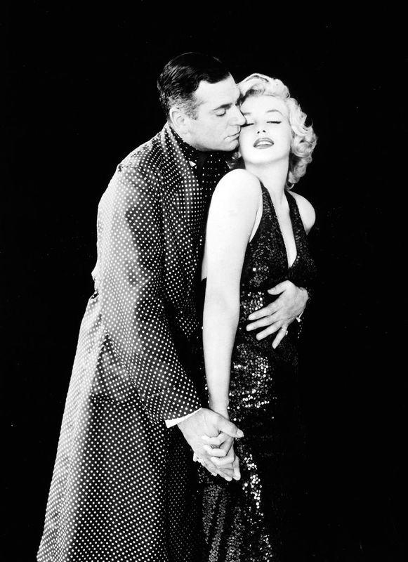 Portraits Studio Prince and Showgirl - par Greene 2 - Divine Marilyn Monroe