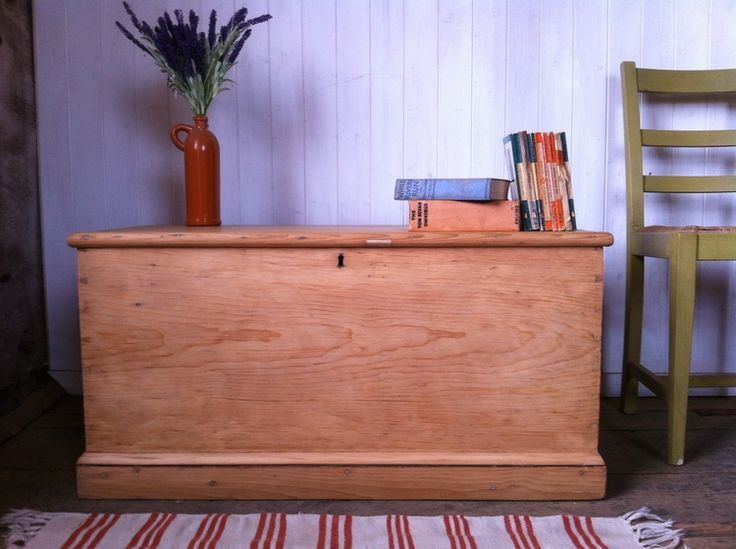 Leith Cabinet Works: Classic Victorian Blanket Box (Pine Sea Chest, Hope Chest, Kist)