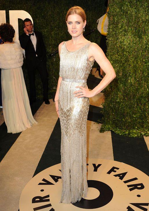 Amy Adams is Gatsby-chic in Oscar de la Renta at Vanity Fair's Oscar fete