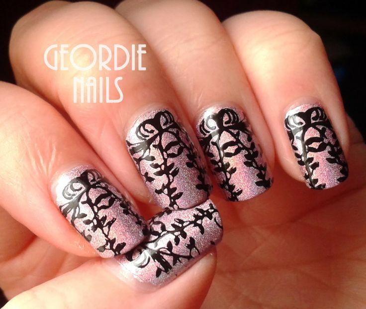 Geordie Nails: Gazebo Vine Manicure