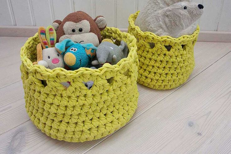 These handmade round baskets are perfect to hold toys, towels, yarns or any other items.  Just right for bedroom, living room, children's room or bathroom storage. Extremely cute and and make a great gift!