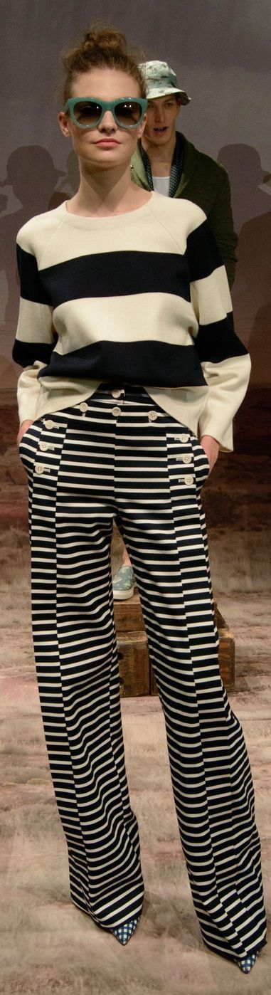 Rhonda's Creative Life: Monday Morning Inspiration/Black and White Stripes For Spring