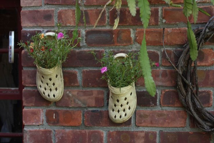 33 best images about croc planters on pinterest gardens for Upcycling 20 creative projects made from reclaimed materials