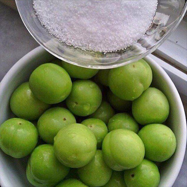 Pin By Neero Muhtaseb On اكل Fruit Food Lime