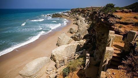 Conil, entre los cien mejores destinos turísticos del mundo: http://w.abc.es/m5hh5v #playa, #destinos, #viajes