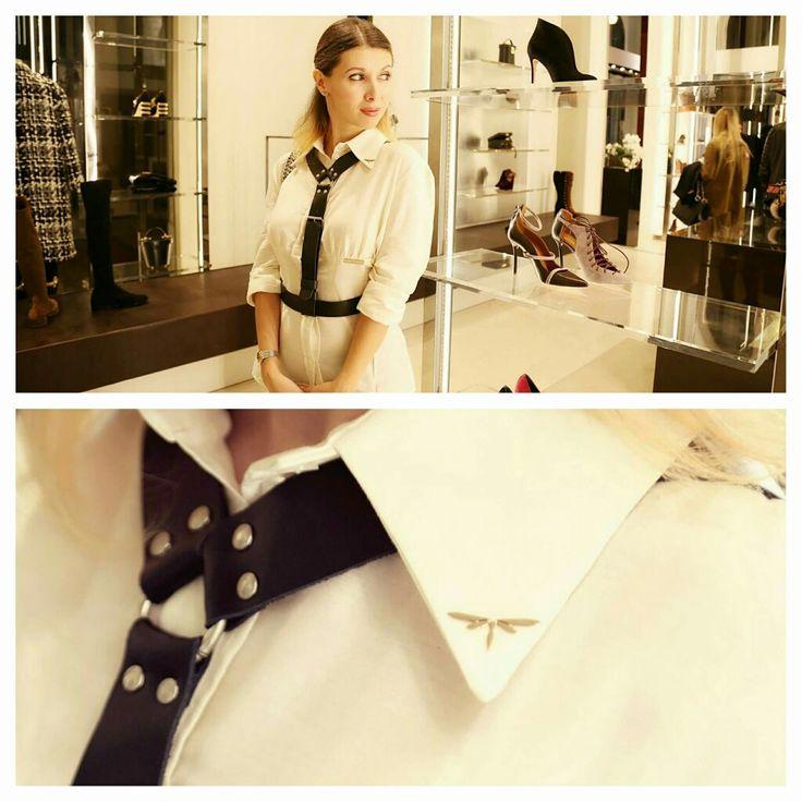 Icone di stile: l'intramontabile camicia bianca.     LIBELLULA@evento Tiziana Fausti.                        LIBELLULA by Mauro Franchi|Milano|contact:marketing@maurofranchi.com