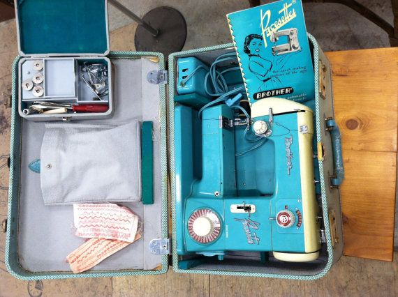 40's Turquoise Brother Pacesetter Sewing Machine In CASE 4040 Extraordinary 1950 Brother Sewing Machine