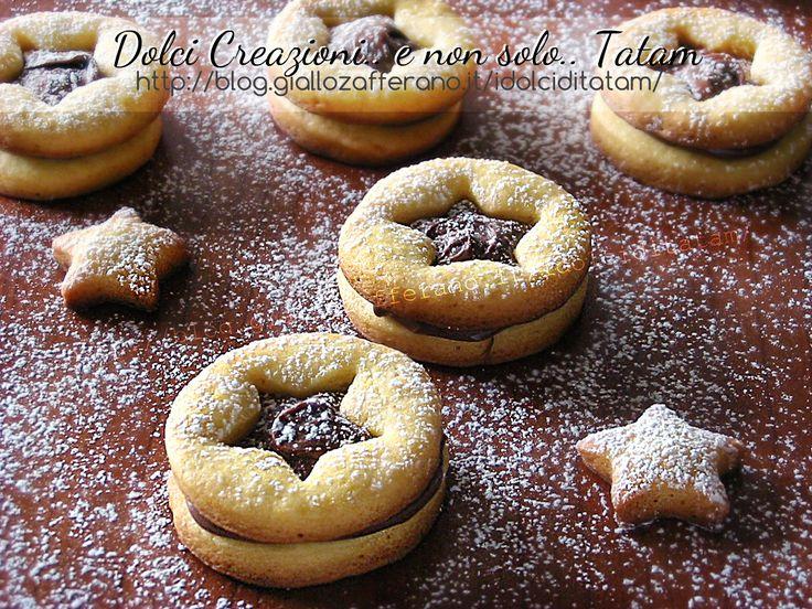 Biscotti frollini alla Nutella, golosi, semplici e facili da preparare, questi biscotti saranno perfetti per l'ora del tè o in qualsiasi momento della ...