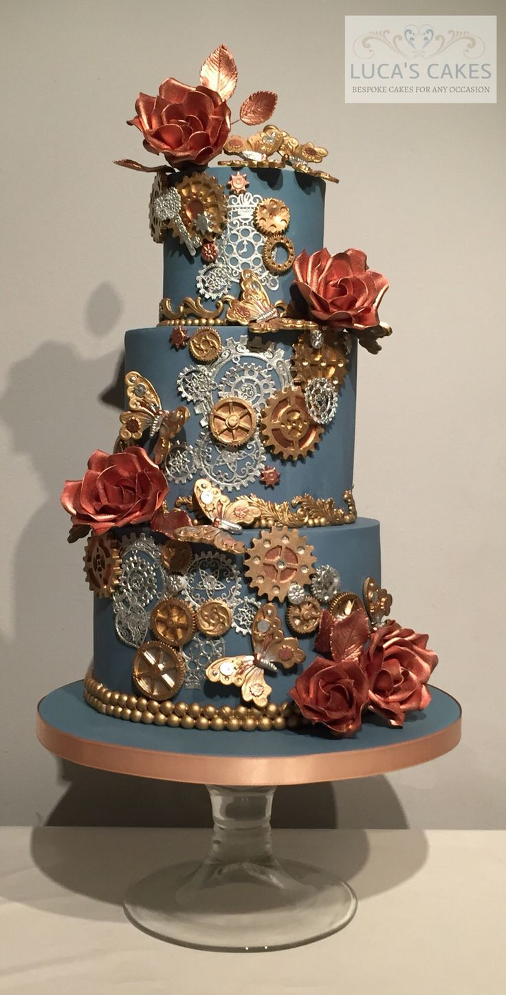 Steampunk wedding cake                                                       … https://www.steampunkartifacts.com