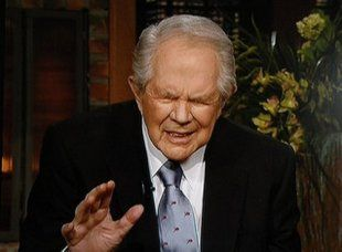 Jimmy Kimmel Compiles Pat Robertson's Recent Nuttery Into One Stunning Video The 700 Club leader is all crazy, all the time. Sometimes, it can seem like Pat Robertson is a plague upon all…