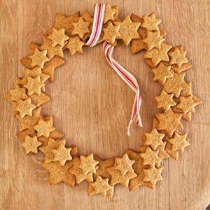 Gingerbread wreath - could use salt dough or cinnamon dough instead