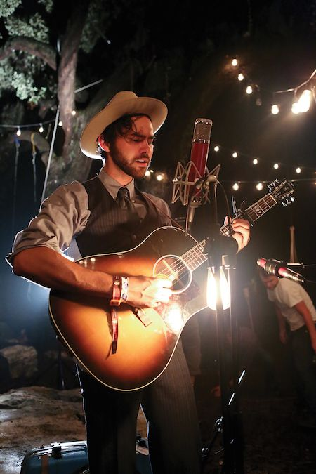 Shakey Graves hits the big time in 2015 with larger venues and even a fancy tour bus.