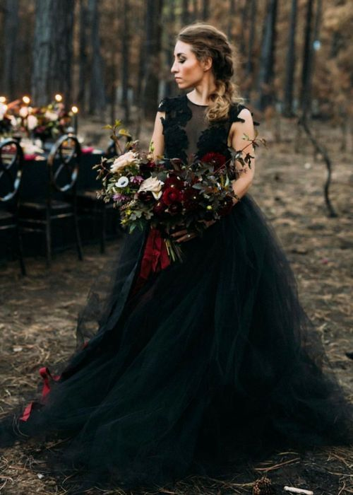 Vestido novia negro tradicion