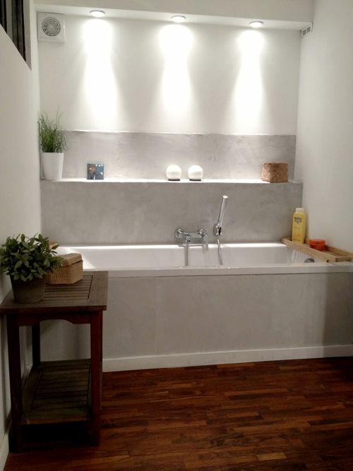 Maison familiale sur les hauteurs de Marseille rebord baignoire + éclairage