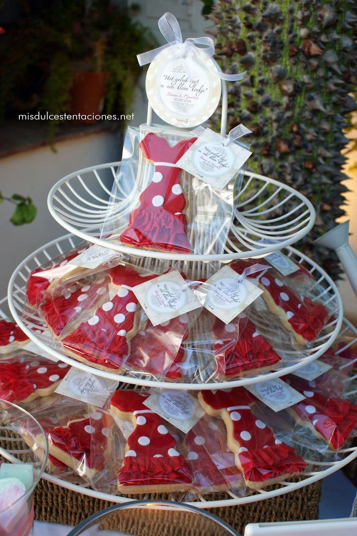 flamenco dresses as party favors in a wedding in Seville