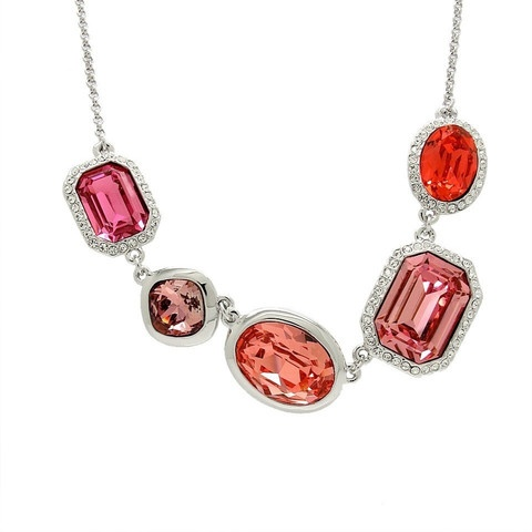 Stunning Swarovski Elements 18K Gold Plated Necklace Retail $139.99 - Our price $79.99!!!