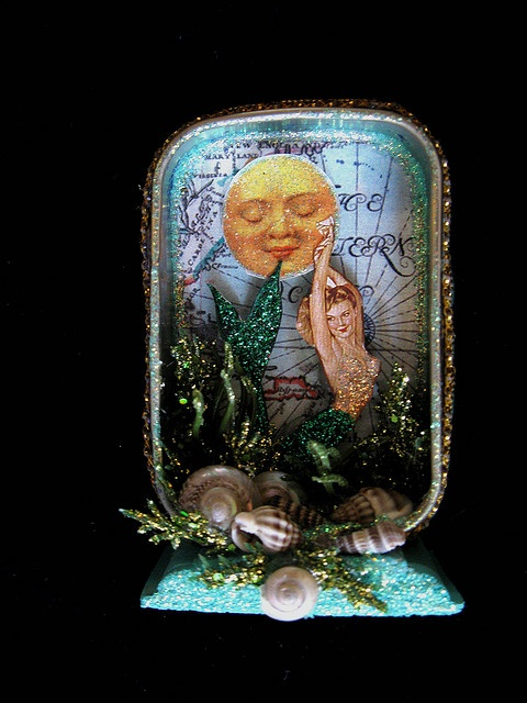 Oh my gosh, 3 things I love all in one.  The moon, mermaid and altered tin.