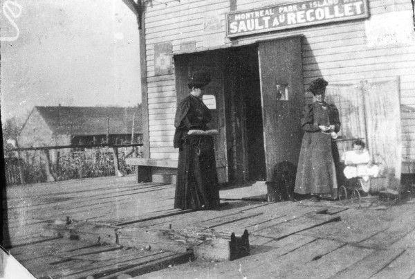 Terminus du Sault-au-Récollet pour le tramway 24, début du 20e siècle, SHM19-Y-4-004