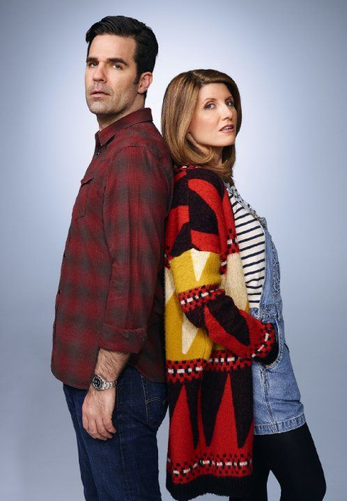 Still of Sharon Horgan and Rob Delaney in Catastrophe (2015)