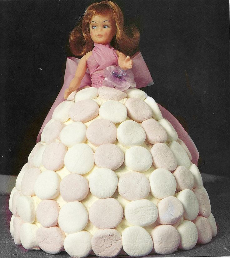 Anyone who's ever had the pleasure of eating the train cake (for instance) will be able to tell you, in emphatically enthusiastic terms, that these cakes taste AMAZING #cake #birthday #marshmellow #doll #cookbook