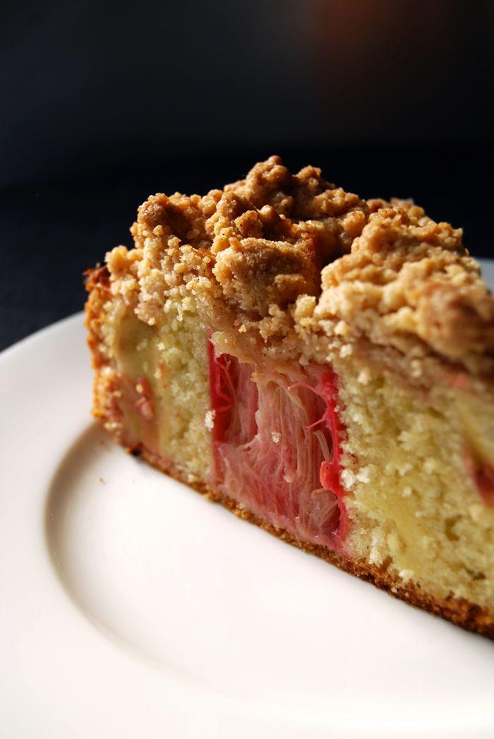 eat in my kitchen ° Rhubarb Crumble Cake