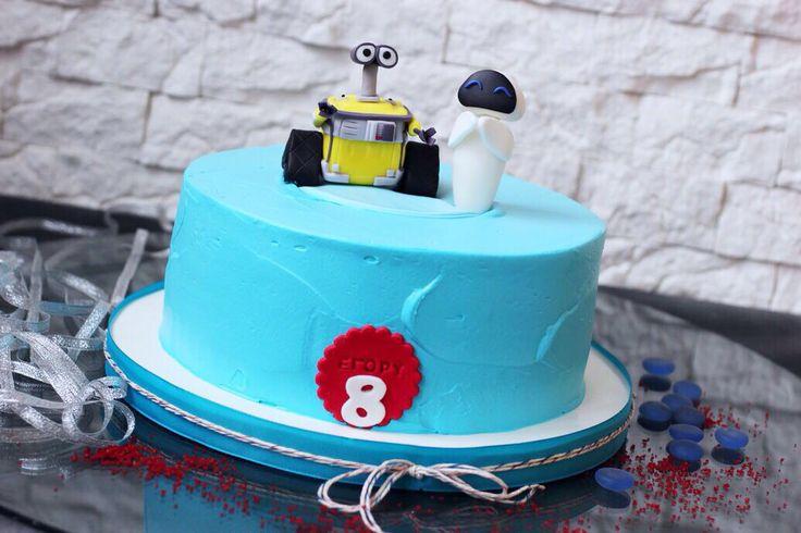 Робот Валли и его подруга Ева☘ сново в нашем списке именинных тортов