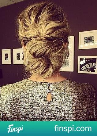< 33 #uroda #fryzury #włosy #fryzura