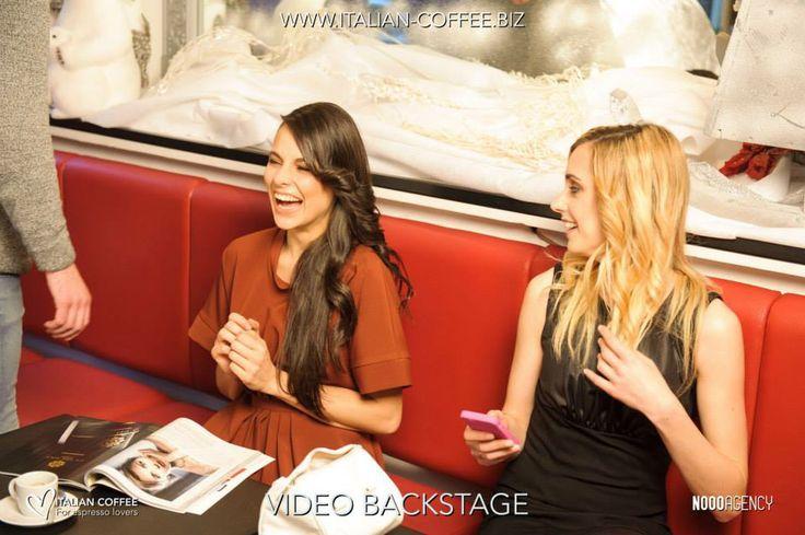 Modelle .. funny moments!!! Video Backstage Italian Coffee Lovers http://www.italian-coffee.biz/