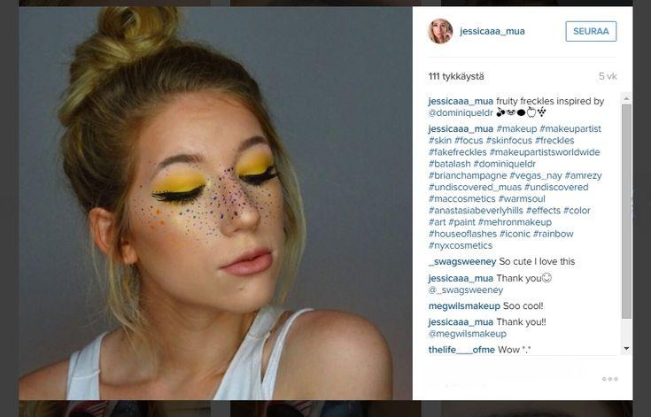 Naiset koristavat kasvojaan värikkäillä feikkipisamilla - tältä näyttää tuore kauneustrendi