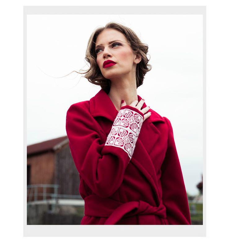 ROMAN GABRIELLA  Fashion designer  TRADITIONAL RED COAT ROMANIAN Embrodery