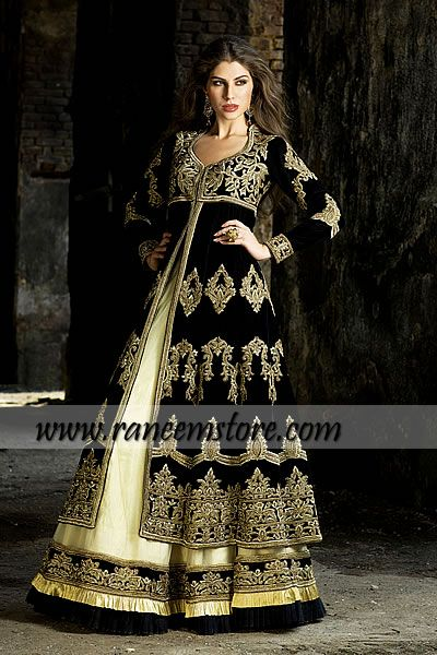 Design HER1114, Product code: HER1114, Traditionally embellished Pakistani designer dresses Eid and wedding collection 2013