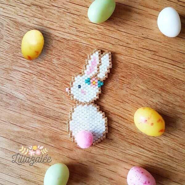 Pâques approche à grands pas vous avez déjà prévu vos Tissages ? ☺️ Un grand merci à @lili_azalee pour ce joli tissage brickstitch en…