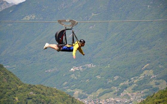 Da sempre l'uomo sogna di volare, in un mix di desiderio, mito e avventura, alla ricerca di libertà, divertimento, emozione.  Scopri #flyemotion #valtellina #parapendio
