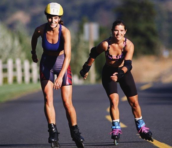 Un deporte estupendo, con el que quemas grasa, disfrutas de la naturaleza solo o en compañía es un deporte estupendo https://www.qualimail.es/familia/Fitness?utm_source=pinterest&utm_medium=pinterest&utm_campaign=patinar%20pinterest